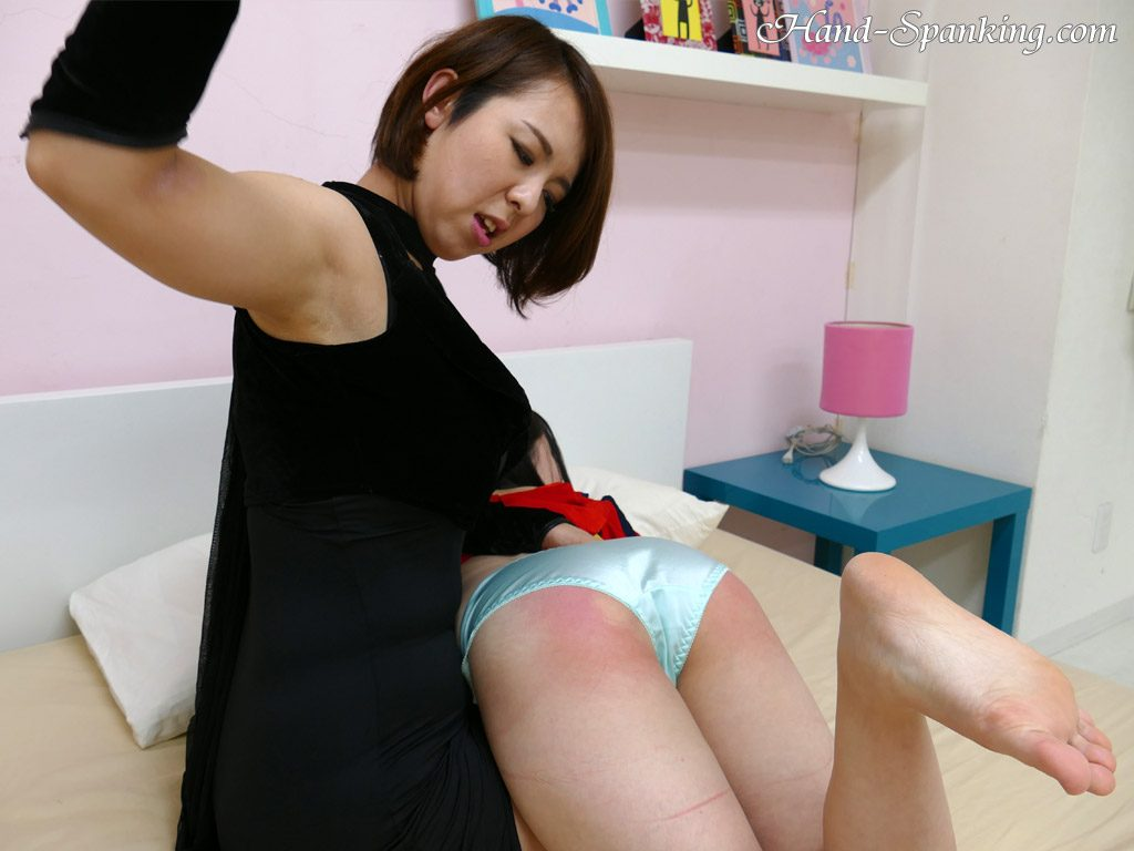 Ruka, mother, daughter, roleplay, school doctor, hand spanking, girl-on-girl spanking, roleplay, spanking fetish, punishment, mother, daughter, teacher, student, teens, bare ass, discipline, control, BDSM, Japanese, girl-girl, all girl, movie, photos, スパンキング,  お尻, お仕置き, お尻叩き, アダルト動画, 調教